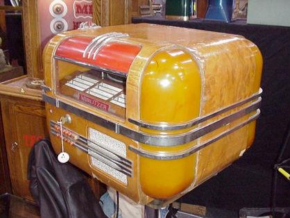 WURLITZER Model 41, 1940, Paul Fuller design, marked 'h' on serial ...